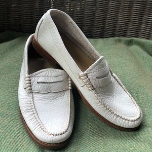 Bass WEEJUNS white penny loafers